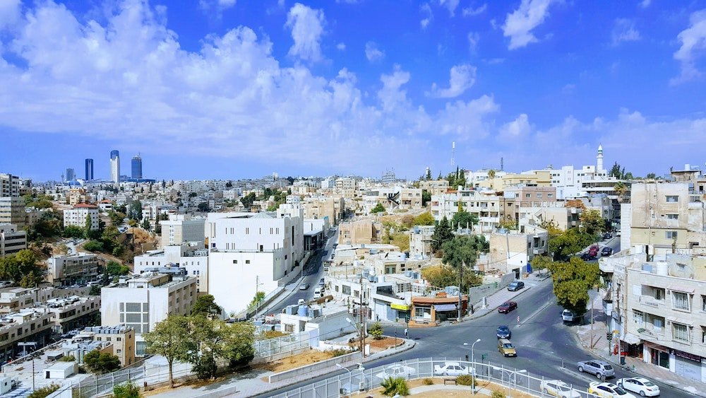 Driving in Jordan - Cars in Amman