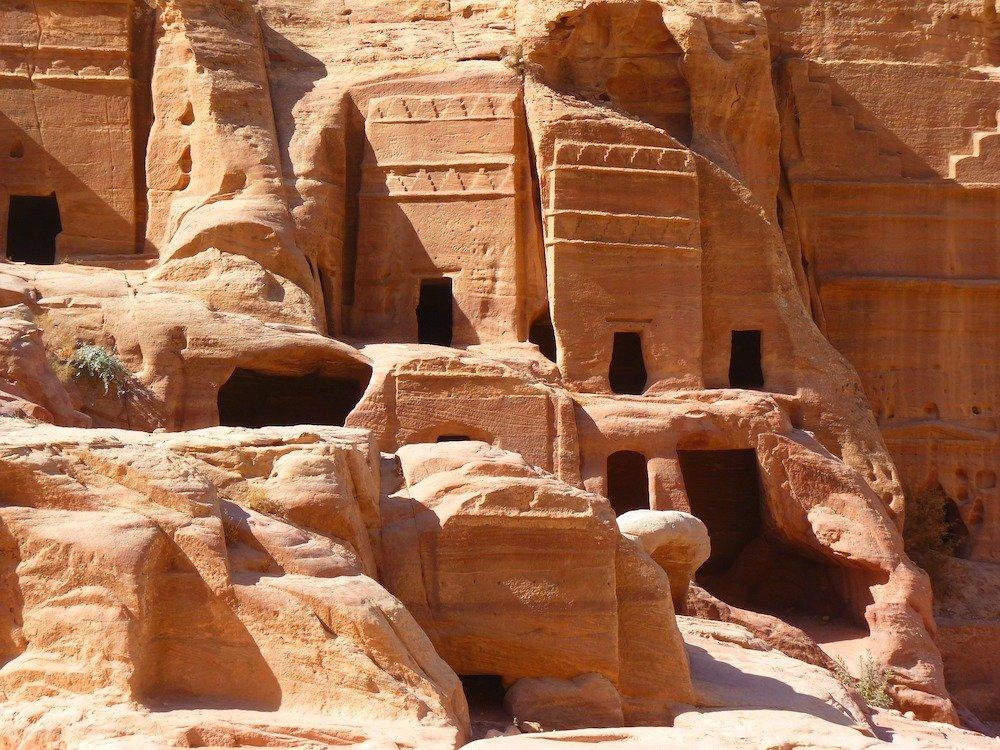 Petra Hiking - Old Ruins