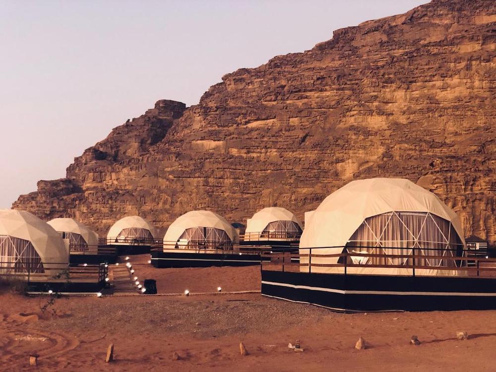 Best Wadi Rum Camps - Sharah Luxury Camp